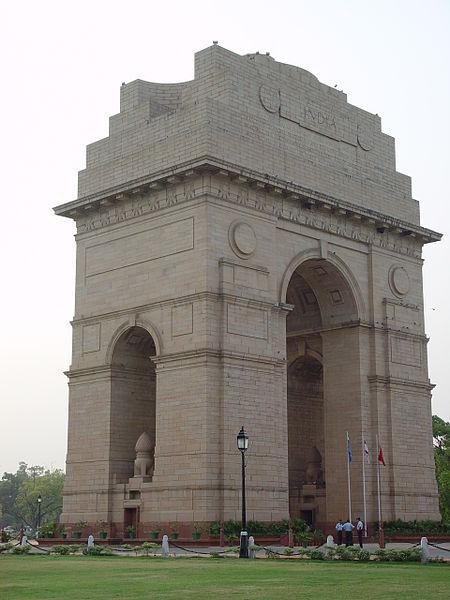 http://upload.wikimedia.org/wikipedia/commons/thumb/4/45/India_Gate.jpg/450px-India_Gate.jpg