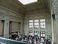 Interiér nádražní budovy - panoramio.jpg