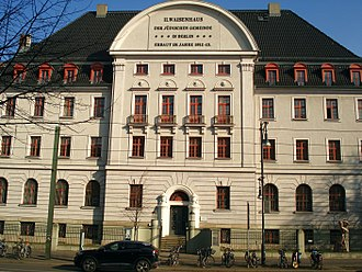 Alexander Beer - former Jewish orphanage in Berlin-Pankow, built 1912-13, today library