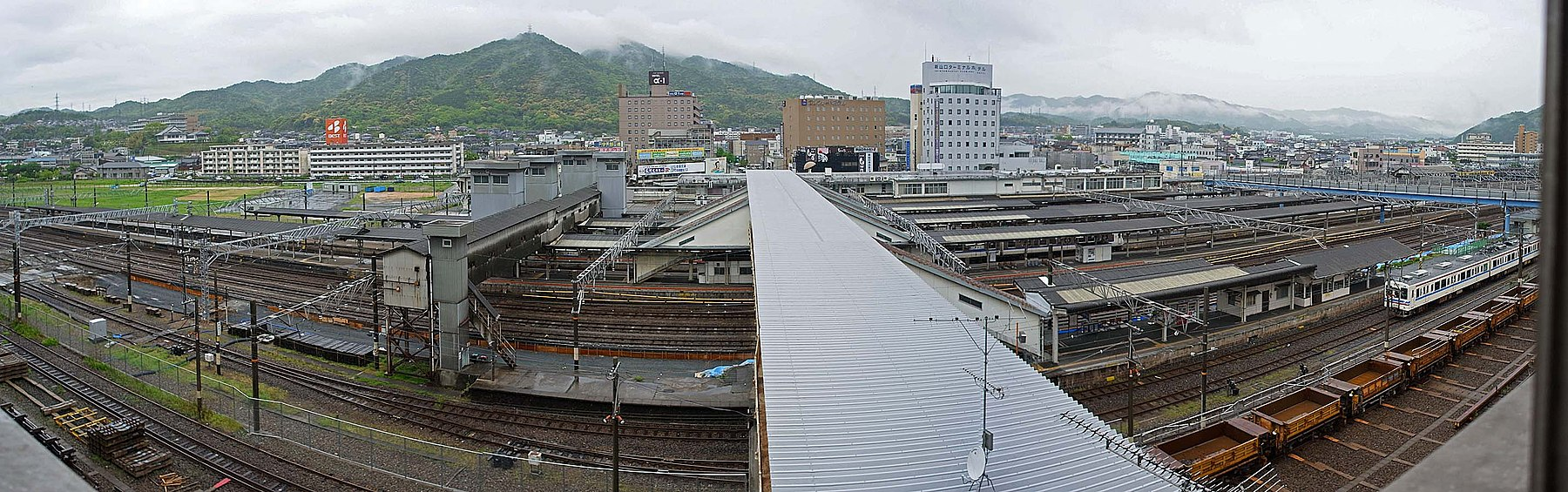 JR Shin yamaguchi station , JR 新山口駅 - panoramio (5).jpg