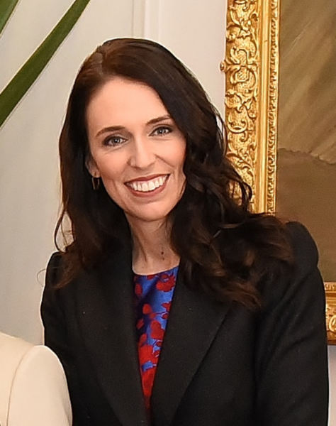 ファイル:Jacinda Ardern 26 October 2017.png