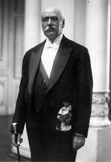 Juan Luis Sanfuentes