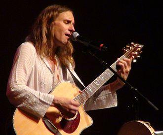 Jon Davison - Jon Davison performing with Yes in São Paulo, May 2013.