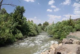Jordan River in area of Jordan River park in summer 2011 (2).JPG