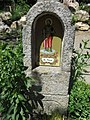 Kříž s kapličkou svatého Pavla u penzionu Modrý jelen v Lipně nad Vltavou (Q80457512) 03.jpg