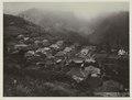 KITLV - 26970 - Kurkdjian - Soerabaja - Kampong Tosari, East Java - circa 1900.tif