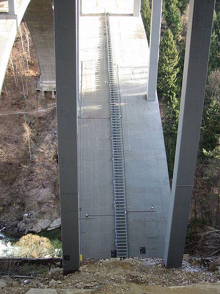Datei:KKS-Lieserschluchtbrücke.jpg