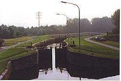 KanaalLeuvenDijleSluisKampenhout.jpg