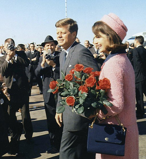 Kennedys arrive at Dallas 11-22-63 (cropped)