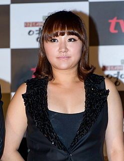 Kim Hyeon-sook (김현숙, born 1978) from acrofan.jpg