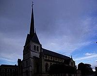 Kirche Saint Aubin les Elbeuf.jpg