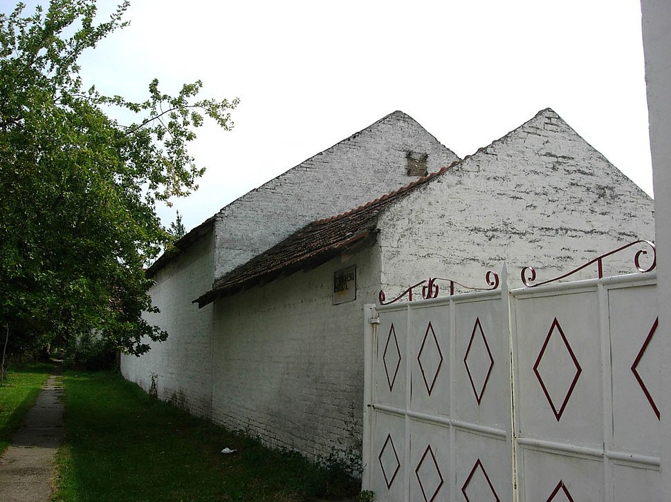 Klek, building in the village