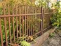 Konstantynow-metal-fence-near-palace-181007.jpg