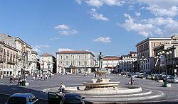 Piazza del Duomo bij L'Aquila.