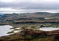 Lac Armor à droite vu du sommet du Volcan du Diable.jpg