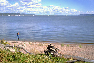 Lake Pepin - Lake from the Minnesota side