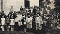 Laki Dukielskie, parafianie i ks. Jozef Sobala 1968 (polskokatolicy).jpg