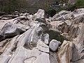 Lavertezzo. Il fiume. 2006-04-23 16-16-25.jpg
