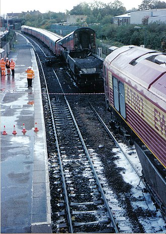 Lawrence Hill railway station - Image: Lawrence Hill Station Bristol 2000