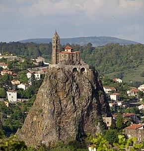 Le Puy-en-Velay, Église Saint-Laurent et Aiguilhe PM 48569.jpg