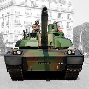 AMX Leclerc - The commander's sight is on the right and gunner's sight on the left side of the picture.