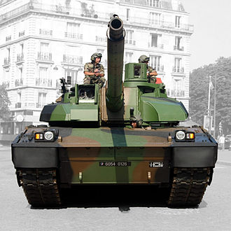 Leclerc tank - The commander's sight is on the right and gunner's sight on the left side of the picture.