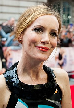 Leslie Mann april 2014