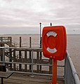 Lifebuoy on Hull 'Pier' - geograph.org.uk - 1092933.jpg