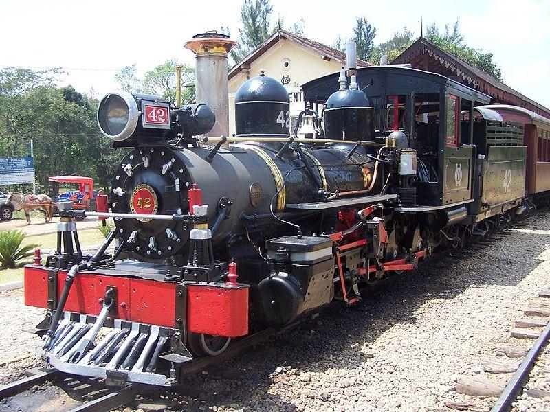 Ficheiro:LocomotivaTiradentesMG.jpg