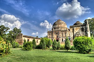 Lodhi Gardens on a sunny day.jpg