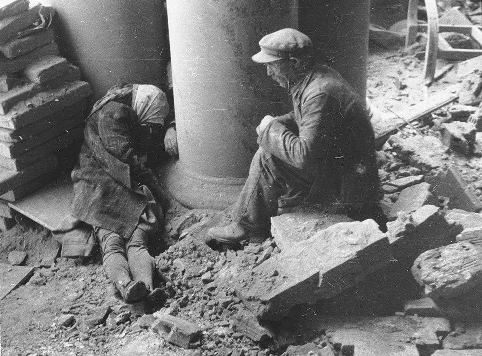 Lokajski - Po nalocie Przed Adrią (1944)