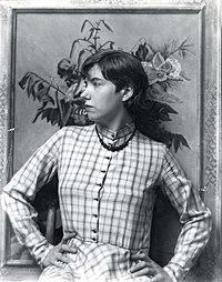 Lucile Blanch portrait.jpg