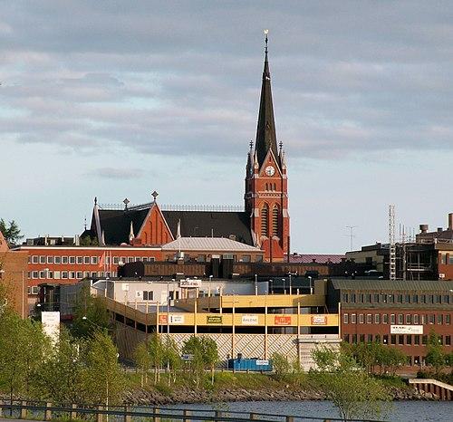 Slice Luleås - Golfhall och Vedeldad Pizza