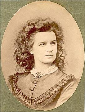 Lydia Koidula-Sachker.jpg