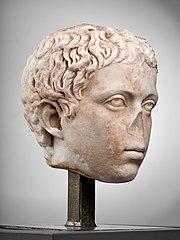 Tête de jeune garçon (C. Fulvius Plautus Hortensianus ?) Ra 68 (1)