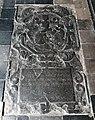 Maastricht, OLV-basiliek, grafzerk noordelijke kruisgang 06.jpg