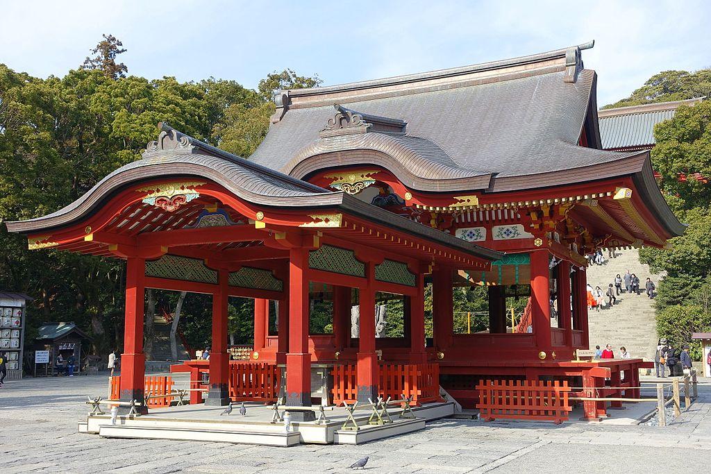 Mai-den - Tsurugaoka Hachiman-gū - Kamakura, Kanagawa, Japan - DSC08316