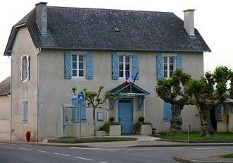 Andoins - Town hall