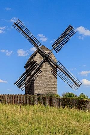 Marzahn - Image: Marzahn 08 2015 windmill