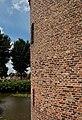 Medemblik - Oudevaartsgat - Kasteelgracht - View NW along Kasteel Radboud - Radboud Castle.jpg