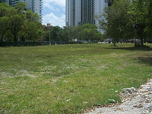 National Register of Historic Places listings in Miami - Image: Miami FL Alqonquin Priscilla Apts sites 01
