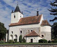 Mikulovice (u Znojma) - kostel svatých Petra a Pavla.jpg