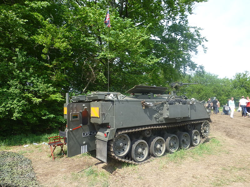 File:Military vehicles at Græsted Veterantræf 2013 03.JPG
