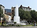 Millau place Mandarous fontaine.jpg