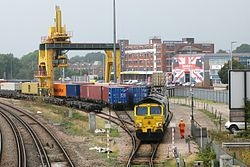Millbrook FLT - Freightliner 66540 leaving the yard.JPG