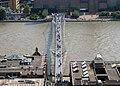 Millennium Bridge 01.jpg