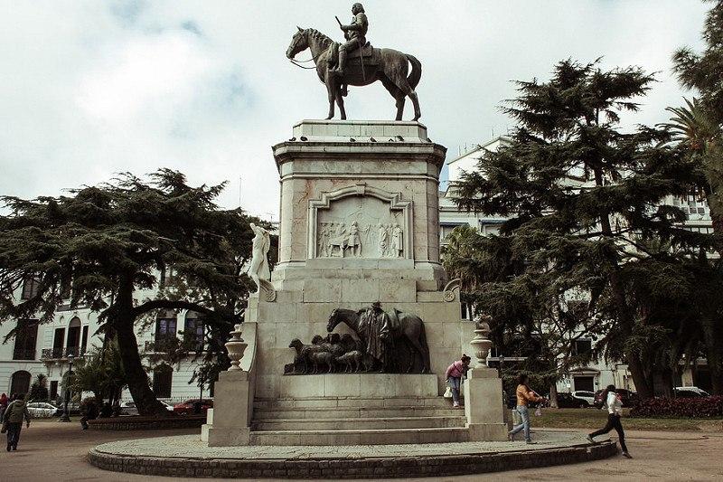 Monumento Zabala