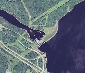 Moore Dam - Satellite view