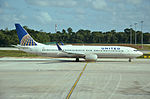N67812 Boeing 737-924ER United Airlines (23898280270).jpg