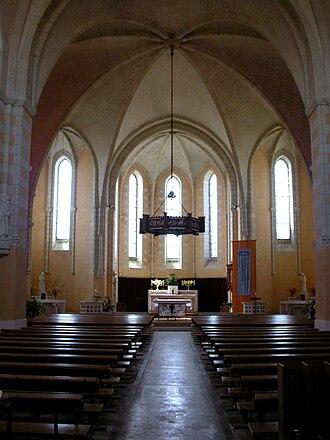 Joué-sur-Erdre - Image: NDL Eglise INT
